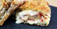 bocadillos de lomo con queso